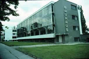 bau haus 20th century architecture walter gropius