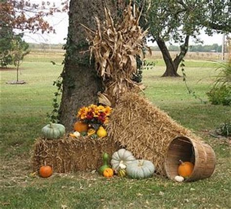 fall hay bale decorating ideas best 20 corn stalk decor ideas on