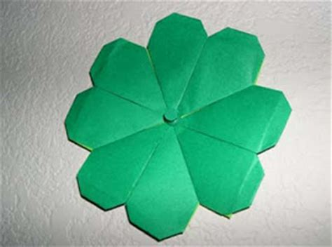 Origami Four Leaf Clover - origami not late for st s