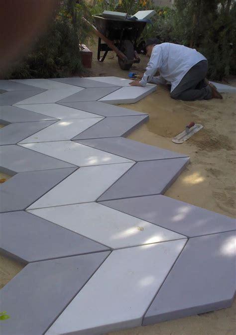 backyard paving stones 25 best ideas about concrete pavers on pinterest patio