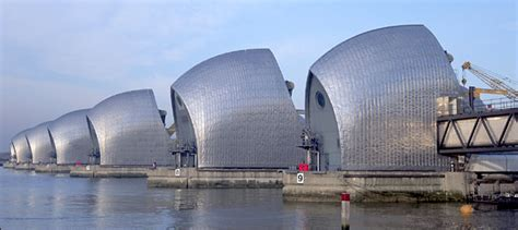 thames barrier lifting bldgblog lifting venice