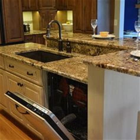 kitchen islands with sink and seating 1000 images about kitchen redo on kitchen