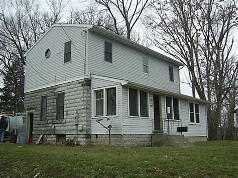 Houses For Sale Rock Falls Il by Rock Falls Illinois Reo Homes Foreclosures In Rock Falls