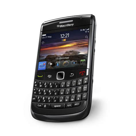 bb os 6 themes blackberry bold 9780 il primo bold con blackberry os 6