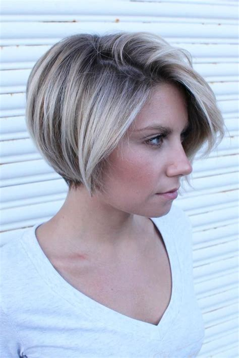 minimally stacked bob the 25 best pixie highlights ideas on pinterest longer