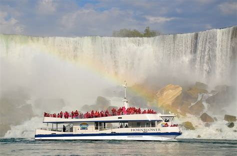 niagara boat tour hornblower niagara cruises voyage to the falls boat tour