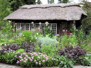 Westbury Botanical Gardens A Guide To Northeastern Gardening Botanical Community Gardens