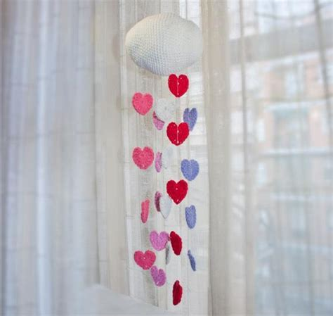Crocheting Hearts: 6 Patterns That Are Perfect for Valentine's Day