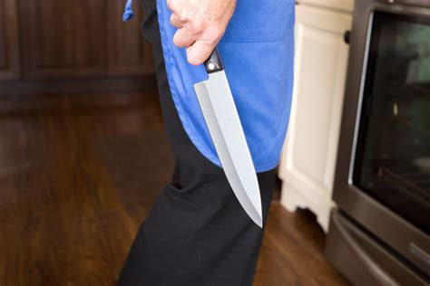 Kitchen Knives Block by 12 Kitchen Knife Safety Tips By The Cutco Kitchen