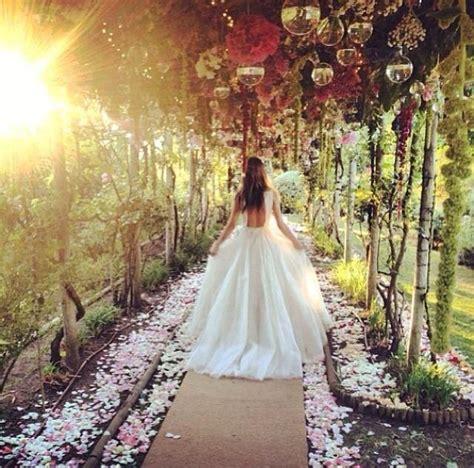 Backyard Wedding The Knot 25 Best Ideas About Enchanted Garden Wedding On