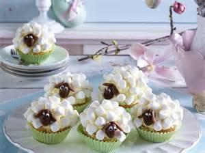 lustige kuchen rezepte lustige muffins kleine kuchen mit spa 223 faktor lecker