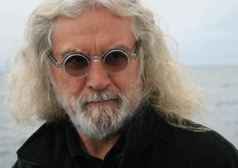 x files bear actor billy connolly gets dwarfed in the hobbit corona coming