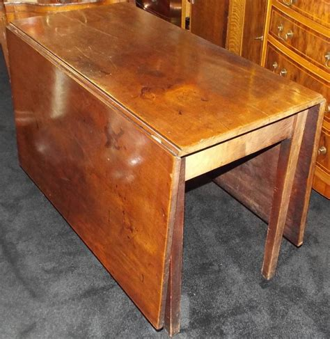 Drop Leaf Dining Tables For Sale Georgian 18th Century Mahogany Drop Leaf Dining Table For Sale At 1stdibs