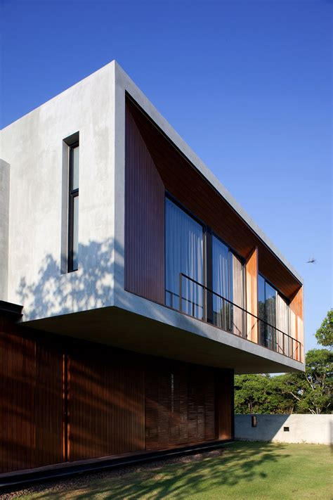 house architects contemporary w house designed by idin architects
