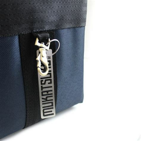 Dhavin Distro Bag Navy mukatsuku mukatsuku records are our friends polyester 7 45 record bag navy with embossed