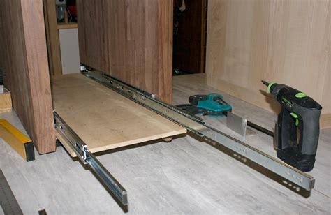 coulisse tiroir charge lourde fabrication un bureau contemporain et simple page 5
