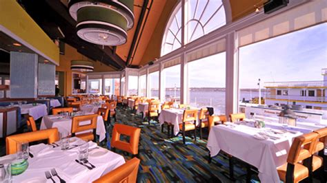 The Chart House Locations by Alexandria Waterfront Seafood Restaurant Potomac River Dining With A View Chart House