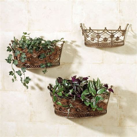18 alluring indoor wall hanging planter designs
