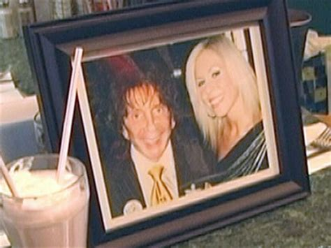 phil spector house for mrs phil spector life goes on with hubby behind bars abc news