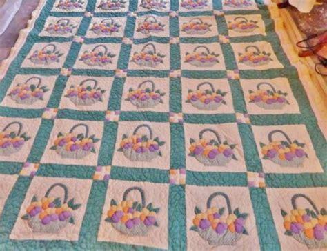 vintage flower pattern quilt great handmade antique quilt flower basket pattern ohio ca