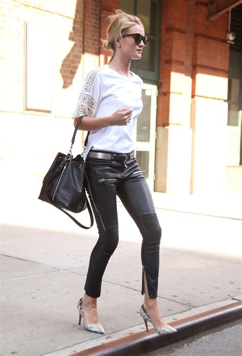 rosie huntington whiteley leather pants rosie huntington whiteley in leather pants 13 gotceleb