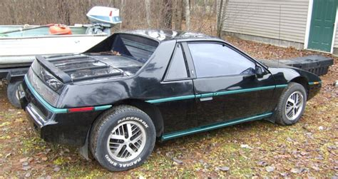 1984 Pontiac Fiero by Two Seater 2k 1984 Pontiac Fiero
