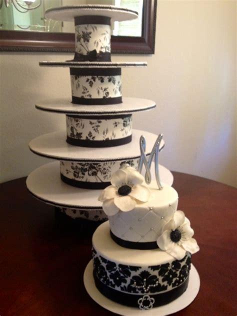 diy cupcake tower black white wedding cake