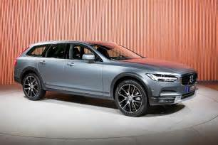 Volvo Cross Country Wagon Volvo Unveils V90 Cross Country Wagon Motor Trend