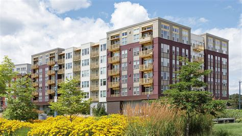 equity appartments red160 apartments in downtown redmond 16095 cleveland
