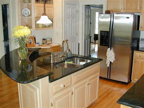 Furniture Interior Decor For Luxury And Traditional Small Kitchen With Island Design Ideas