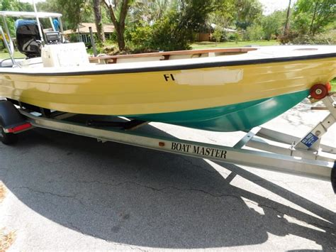 flats boats hewes 1976 used hewes 17 bonefisher flats fishing boat for sale