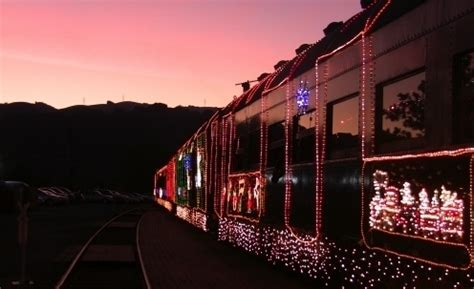christmas lights freemont ca niles railway of lights in fremont ca parent reviews photos trekaroo
