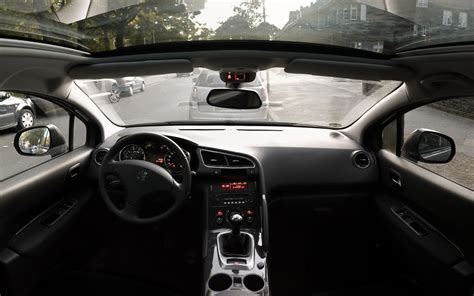 peugeot 3008 interior file peugeot 3008 cockpit jpg wikimedia commons