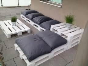 outdoor patio sofa 15 diy outdoor pallet sofa ideas diy and crafts