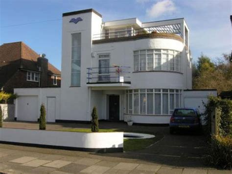 art deco homes on the market 1930s six bedroomed art deco house in luton