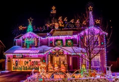 christmas lights and decorations displays in the reno area