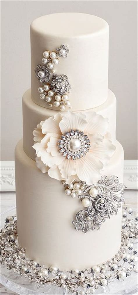 Wedding Cake Jewelry by 30 White Wedding Cake Designs That Will Leave You Wanting One