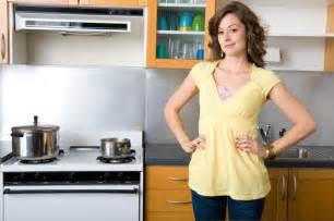 5 ways to declutter your kitchen