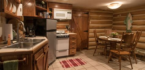 secluded three bedroom bryson city log cabin rental with