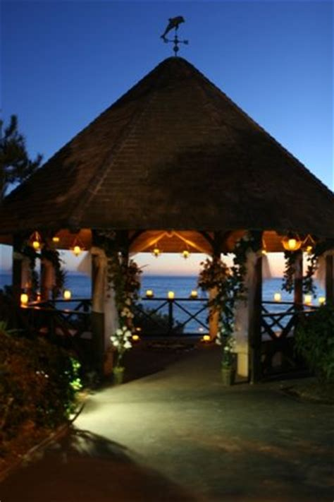 wedding venues in laguna ca this gazebo is in heisler park in laguna it has an amazing view looking the