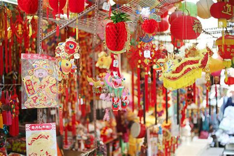 new year decoration list the list 7 cities where you should ring in the