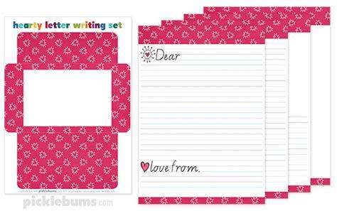 free printable valentine letters free printable valentines letter writing set picklebums