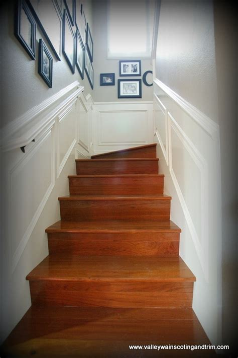 Wainscoting Stairs by Best 25 Wainscoting Stairs Ideas On Stairway