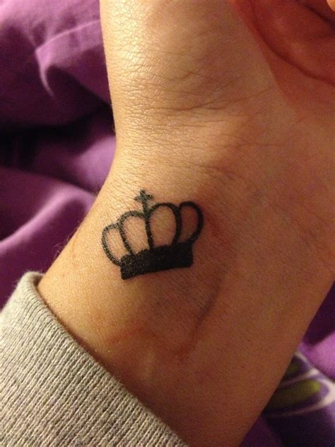 crown tattoo on wrist crown tattoos on wrist search tattoos