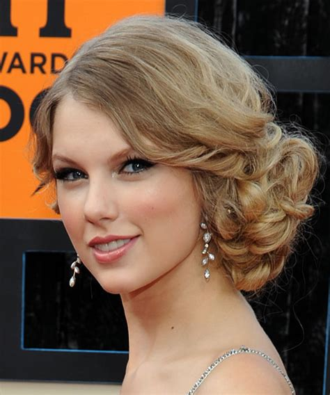 taylor swift 2015 short haircut back view pin taylor swift updo hairstyles back view image search