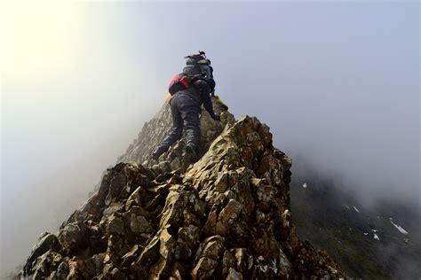 Crib Goch Deaths 10 defying trails you ll still want to hike pics