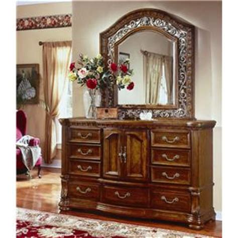 cordova bedroom set flexsteel wynwood collection cordoba landscape mirror and 9 drawer dresser combination ahfa