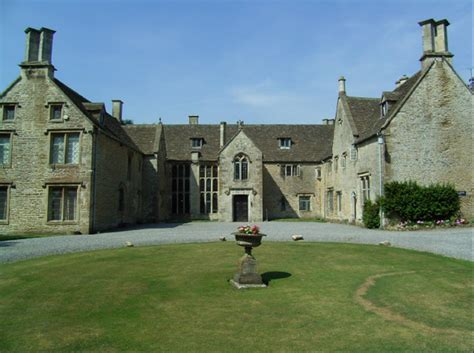 The Great Tythe Barn Wedding Reviews Reception Sites Tetbury Gloucestershire Uk Wedding