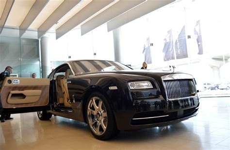 roll royce sport car rolls royce sports amazing pictures to rolls