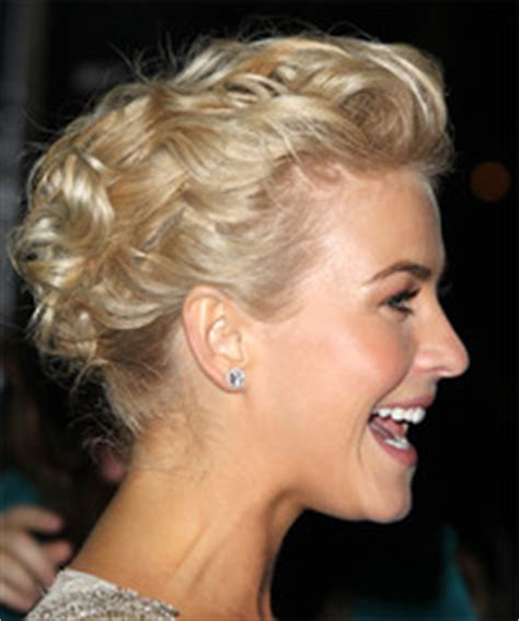how to the famous julianne hough updo julianne hough hairstyles for 2017 celebrity hairstyles